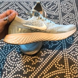 Nike Shoes - NIKE epic reacts